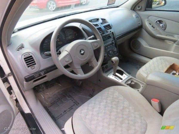 Gray Interior 2004 Chevrolet Malibu Ls V6 Sedan Photo  68542270