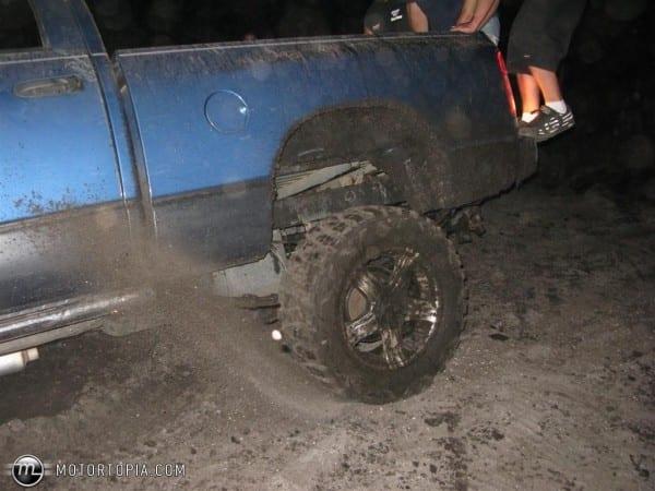 2003 Dodge Ram 1500 Quadcab Slt Swb 5 7 Hemi Id 561