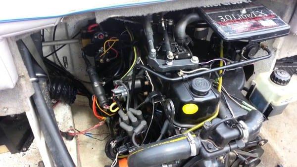 Mercruiser 120 Engine