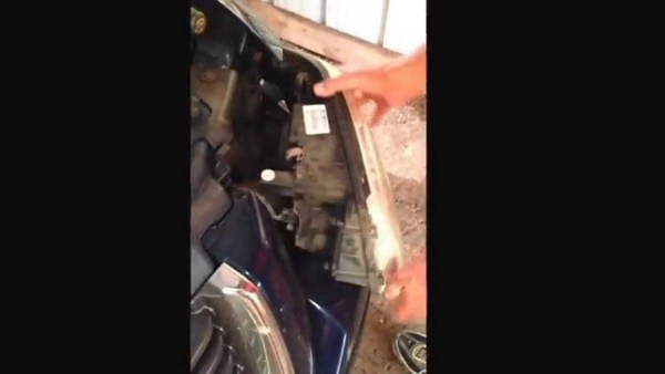 Changing A Headlight On A 2004 Gmc Envoy