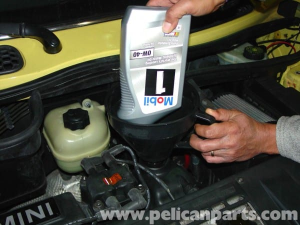 Mini Cooper Oil Change (r50 R52 R53 2001