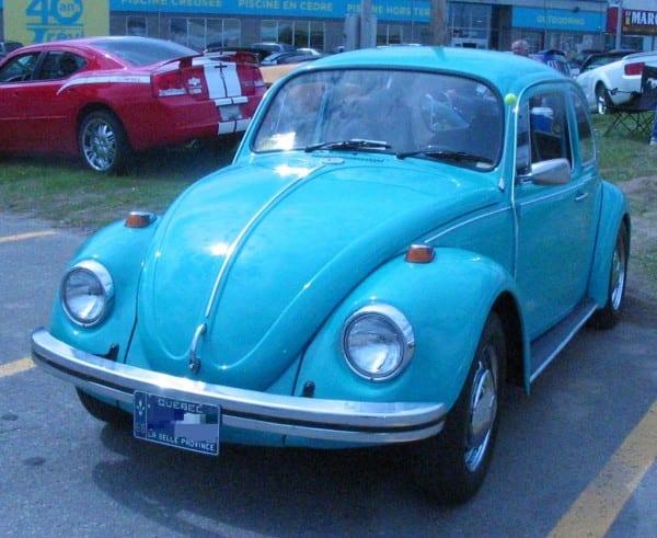 File '68 Volkswagen Beetle (auto Classique Pièces Auto Jarry Laval