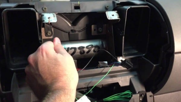 Install Double Din Pioneer Appradio 4 Stereo In 2006 Nissan Xterra