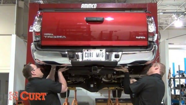 Trailer Hitch Install Curt 13323 For 2005 2012 Toyota Tacoma