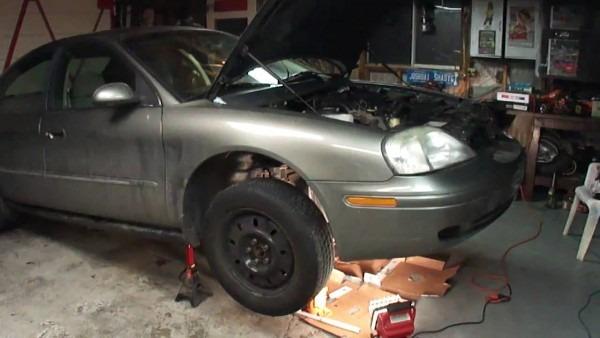 Mercury Sable  Ford Taurus Coolant Leak  Oil Leak Repair