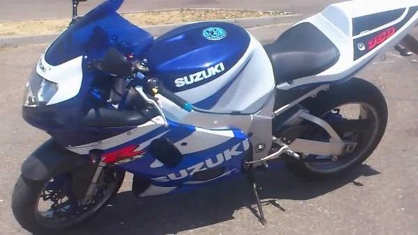 Suzuki Gsx R 750 2002