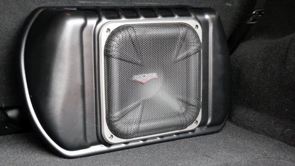 Kicker Subwoofer & Audio Processor Jeep Wrangler Installation