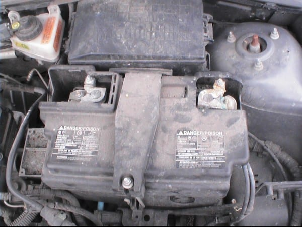 Fh Auto Repair  How To Change The Battery On A 2000