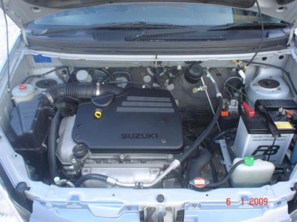 2002 Suzuki Aerio Wagon Images
