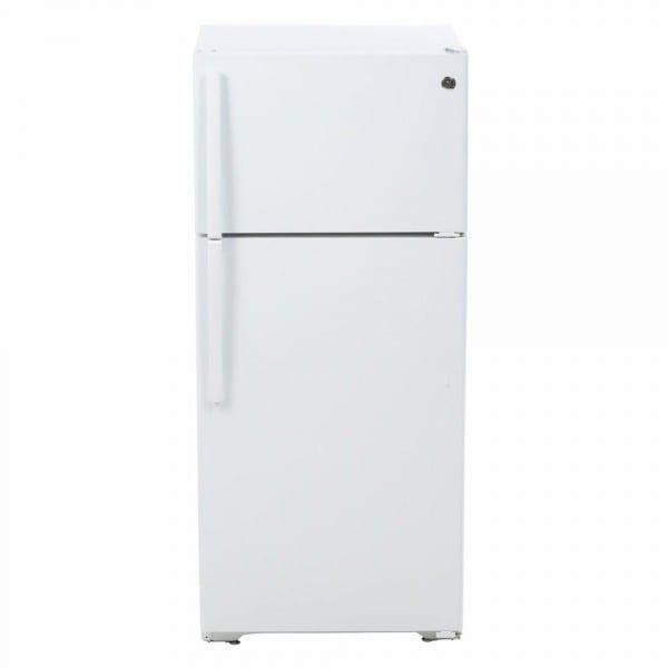 Ge 15 5 Cu  Ft  Top Freezer Refrigerator In White