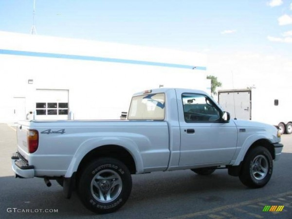 2001 Classic White Mazda B