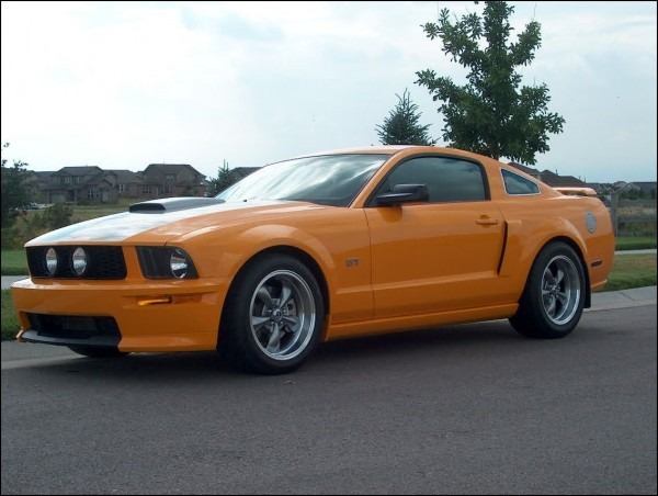 2006 Mustang Gt Tire Size