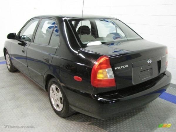 2001 Ebony Black Hyundai Accent Gl Sedan  34581980 Photo  3