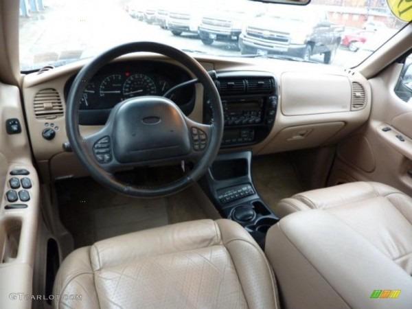 1998 Ford Explorer Eddie Bauer 4x4 Interior Photo  46044905
