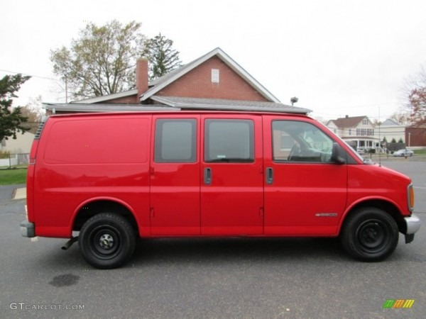 Victory Red 2001 Chevrolet Express 2500 Commercial Van Exterior