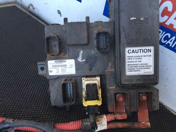 Used Cab Ecu With Fuse Box For 2014 Freightliner Cascadia For Sale