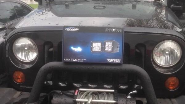 Procomp Led Cubes On Jeep Wrangler Jk 76407p 2x2 Square 3w Led