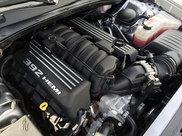 Duke's Drive  2015 Dodge Charger Srt 392 Review