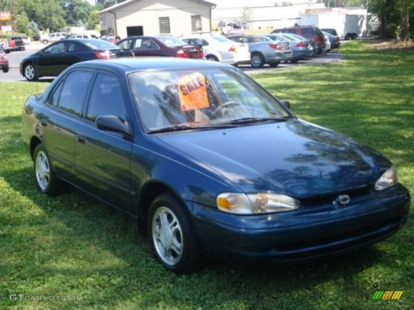 2000 Chevrolet Prizm  7