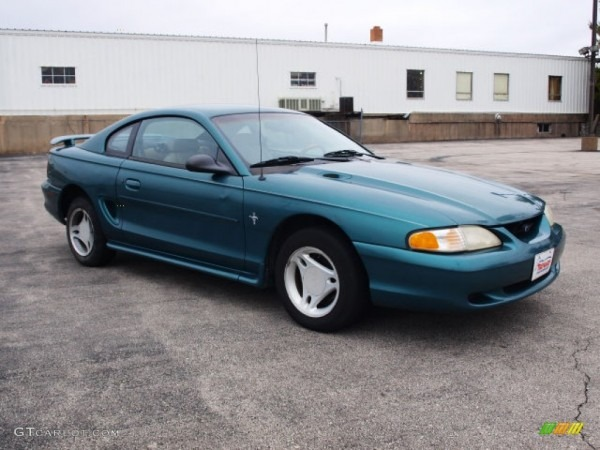 1996 Pacific Green Metallic Ford Mustang V6 Coupe  61344359 Photo