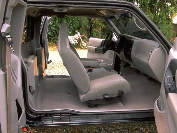 Interior 1998–2001 Mazda B4000 [north America] '1997–2001