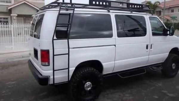 2003 Ford E350 Diesel Van 4x4