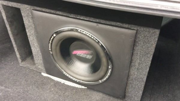 Audiobahn Aw1251t Subwoofer 400 Watts With A Phoenix Gold Octane R