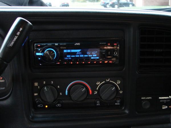 Another Bowtiebruiser 2001 Chevrolet Silverado 1500 Regular Cab