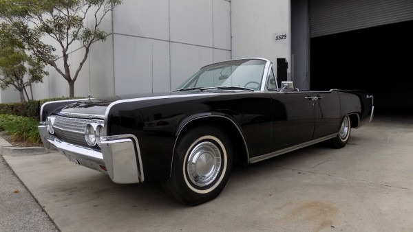 1965 Lincoln Continental Entourage