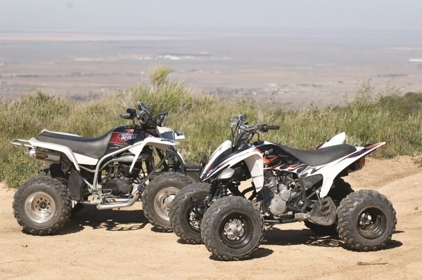 Shoot Out  Yamaha Blaster Vs  Raptor