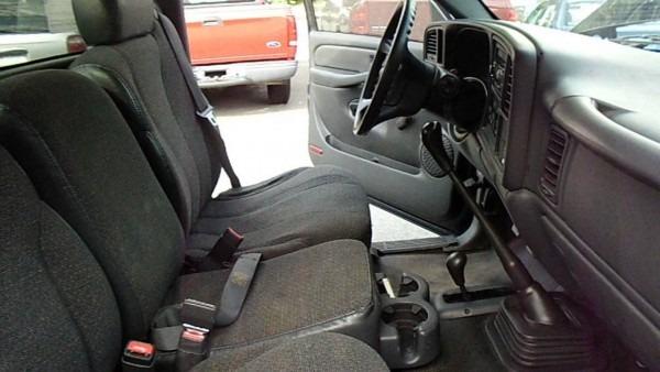 2002 Chevrolet Silverado 4x4 Interior