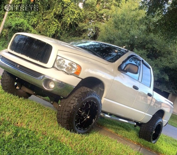 2005 Dodge Ram 1500 Moto Metal Mo962 Rough Country Suspension Lift