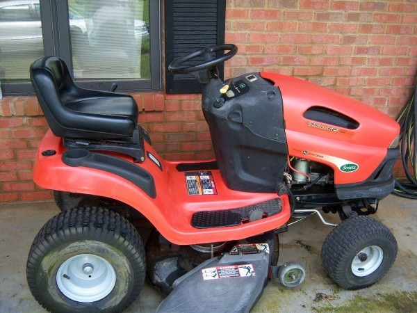 Scotts L1742 Lawn Tractor 17 5 Hp Kholer Engine Low Hours On Popscreen
