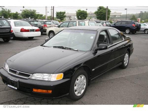 Stolen Black 96 Honda Accord Ex