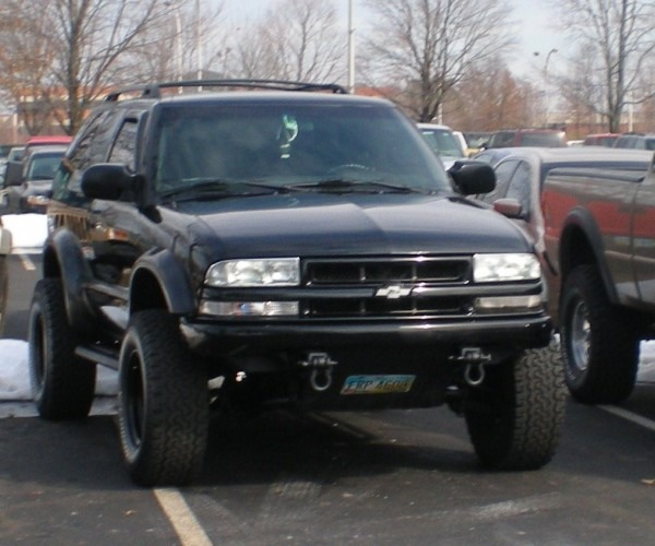 Blackblazr2 2002 Chevrolet S10 Blazer Specs, Photos, Modification
