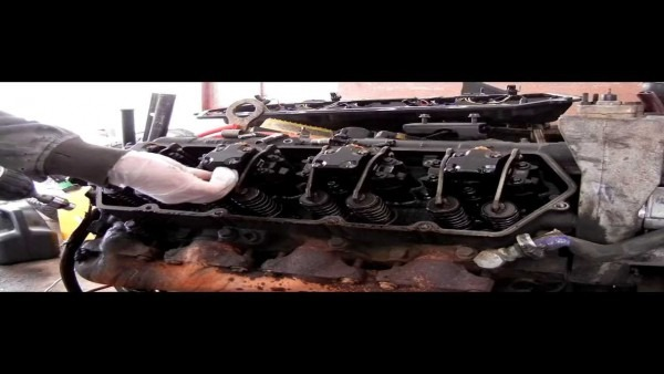 How To Remove Fuel Injectors And Valve Cover Harness