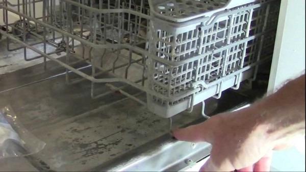 Ge & Hotpoint Dishwasher Lower Rack Wheel Repair