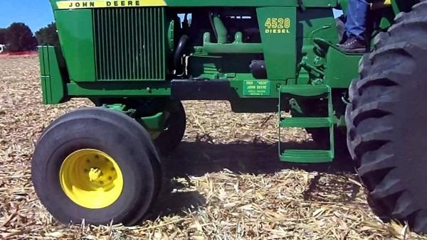 John Deere 4520 Plowing At The Half Century Of Progress, Rantoul