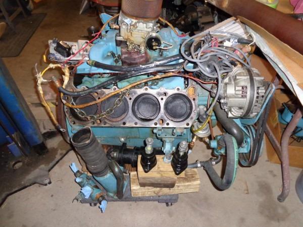 1970 440 Cid 330 Hp Chrysler Marine Bobtail Engine     Car
