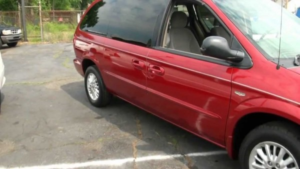 2002 Chrysler Town & Country Touring Edition