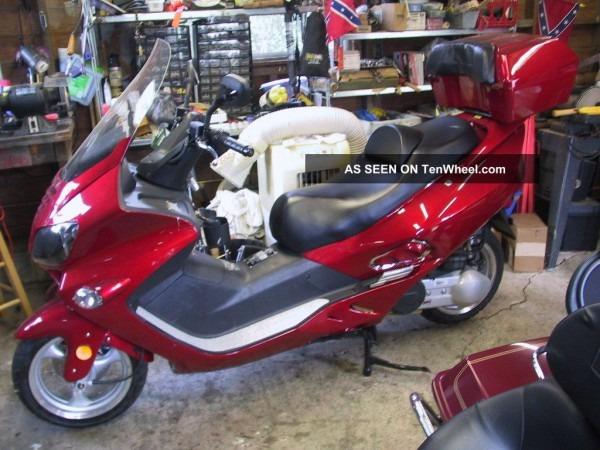 2011 Jonway 250cc Motorscooter