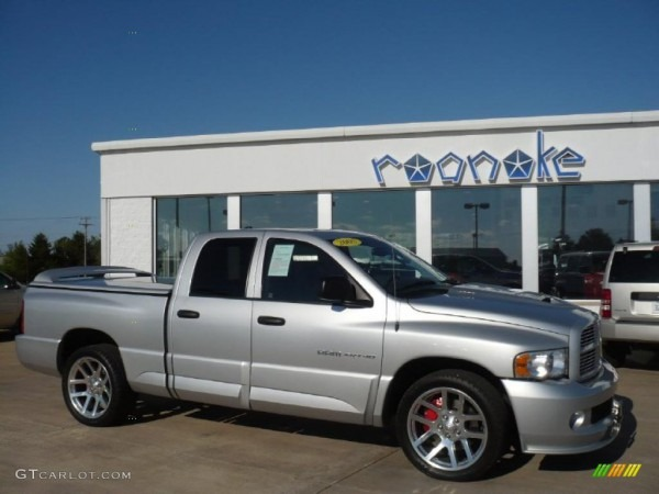 2005 Bright Silver Metallic Dodge Ram 1500 Srt