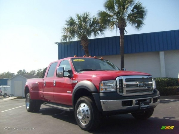 2007 Red Ford F550 Super Duty Lariat Crew Cab Dually  3093757