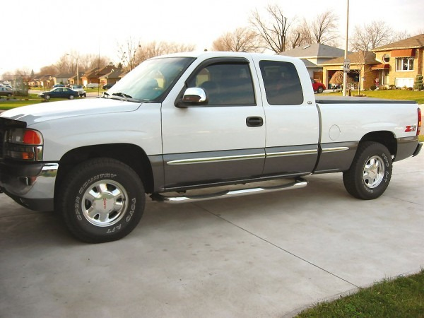2000 Gmc Sierra 1500 Photos, Informations, Articles