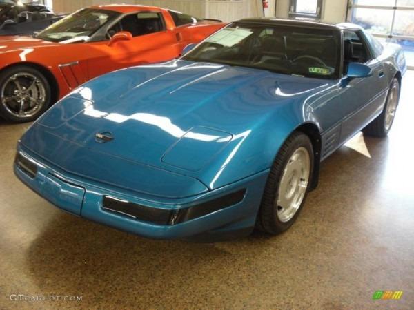 1992 Medium Quasar Blue Metallic Chevrolet Corvette Coupe