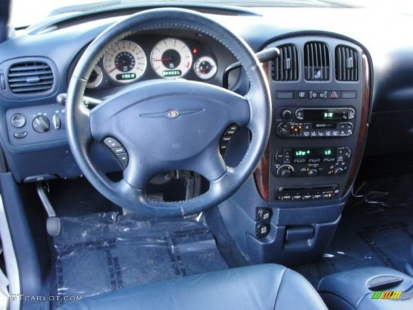 2001 Chrysler Town & Country Lxi Navy Blue Dashboard Photo