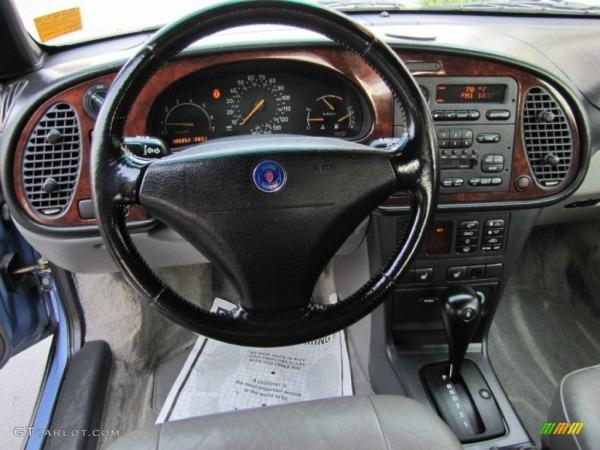 1996 Sky Blue Metallic Saab 900 Se Turbo Convertible  69308195