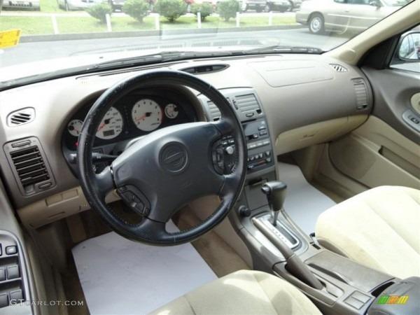 Blond Interior 2001 Nissan Maxima Se Photo  70329555