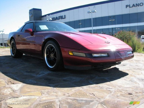 1992 Dark Red Metallic Chevrolet Corvette Coupe  890364