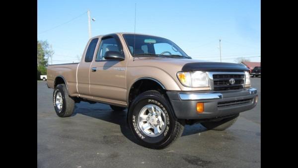 2000 Toyota Tacoma Sr5 4x4 2 7l 4 Cylinder, Auto, Sold!!!